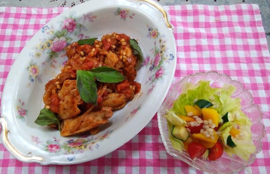 鶏肉ともち麦のトマト煮込み