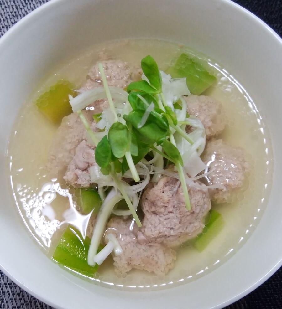 冬瓜と豚だんごのおかずスープを作ってみました